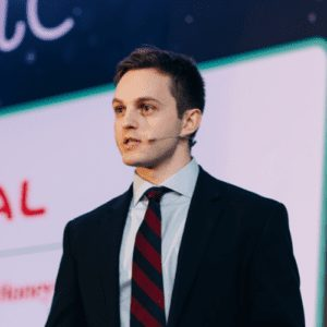Ross O' Brien BP Winner Rising Stars 2018 World Refining Association